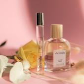 Semaine de la Cosmétique BIO : jour 3 ! Aujourd'hui, lumière sur notre gamme de parfum certifiée BIO ! 🌷  Crées par notre parfumeur indépendant Katell Plisson, nos fragrances sont 100% d'origine naturelle, vegan, certifiées BIO et Made In France !💙🤍❤️  Formulées à base d'alcool de blé et d'eaux florales biologiques, elles ne contiennent pas d'ingrédient issu de la pétrochimie et sont certifiées COSMOS ORGANIC.🌿  En plus de leurs senteurs sophistiquées, chacun des parfums Acorelle utilisent le pouvoir olfactif des huiles essentielles pour agir sur les émotions et apporter bien-être au quotidien 🌱  #acorelle #parfum #parfumbio #fragrance #fragrancenaturelle #parfumnaturel  #olfactotherapie #cosmetiquenaturelle #cosmetiquebio #cosmetiques #cleancosmetica #green #cosmebio #semainedelacosmetiquebio #scb2021 #cosmetiquebio #cosmetiquenaturelle #cosmetique #skincare #beauty #madeinfrance #beaute #soin #bienetre #beautenaturelle #cosmetiquesnaturels #greenbeauty #beautebio #produitsnaturels #cosmetiquenaturel